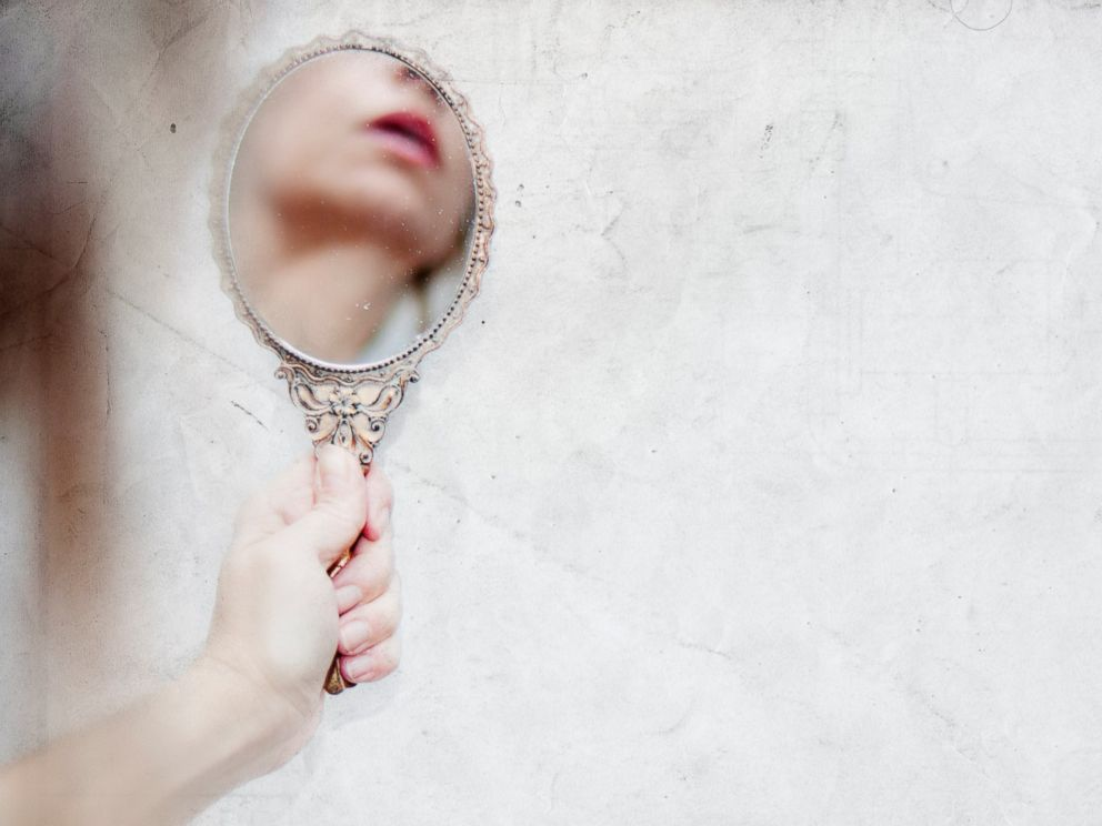 Extreme Narcissists: 5 Expert Tips for Handling the Me, Me, Me Person in Your Life - ABC News